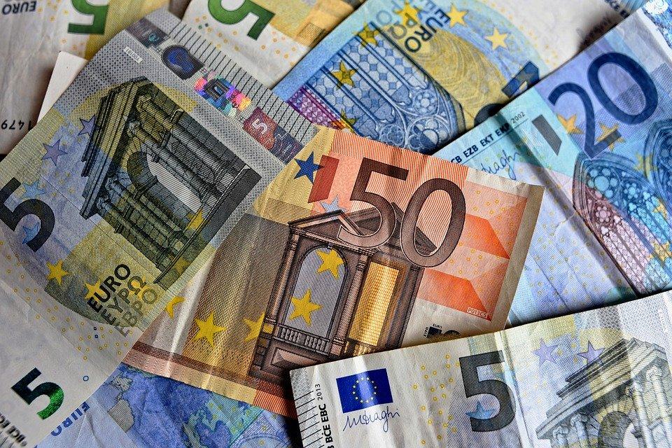 Finanzielle Angebote für Familien und Alleinerziehende